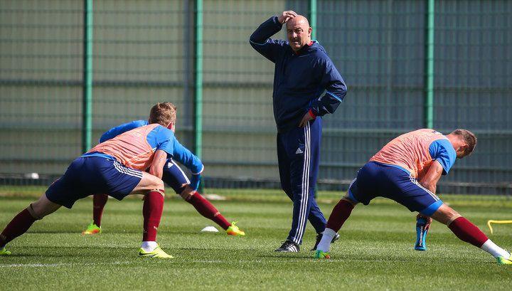 Российские футболисты продолжают подготовку к матчу со сборной Ганы | 24инфо.рф