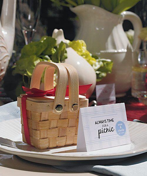 Miniature Woven Picnic Basket Favour Boxes (Set of 6)