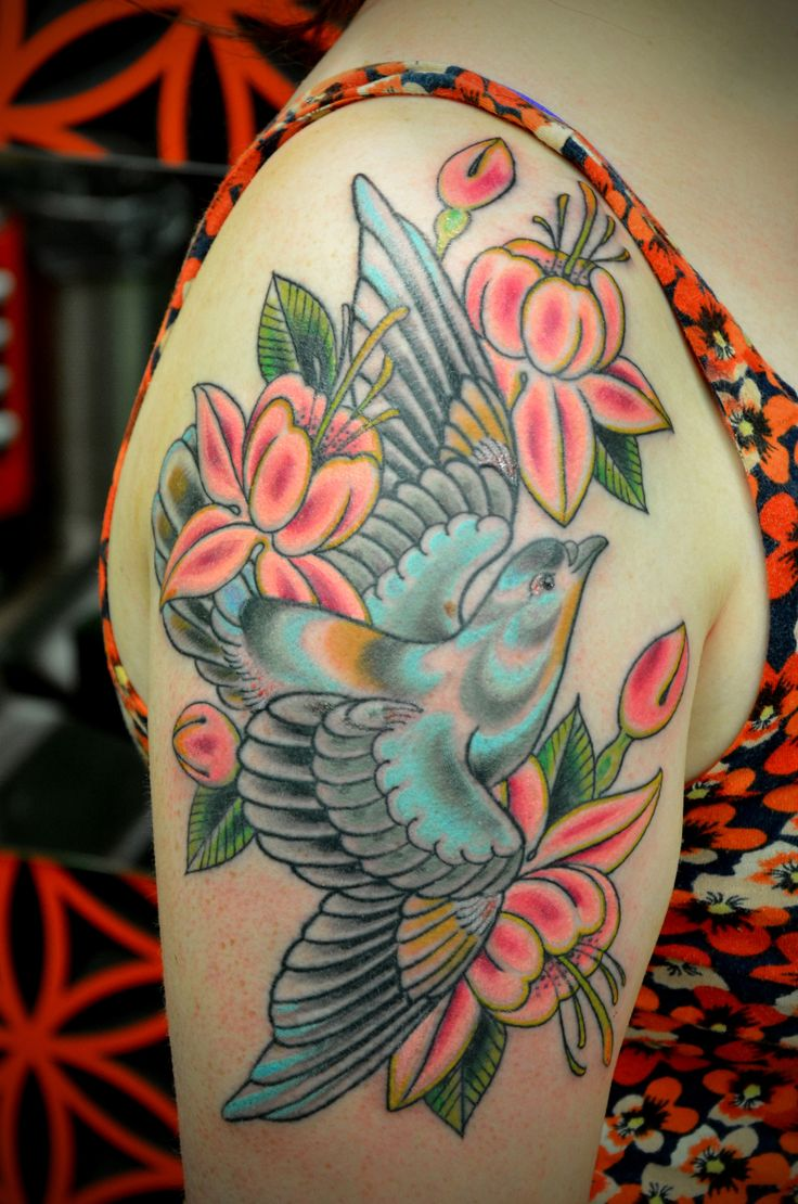 51 best tattoo ideas traditional flowers swallows images on pinterest swallows swallow. Black Bedroom Furniture Sets. Home Design Ideas