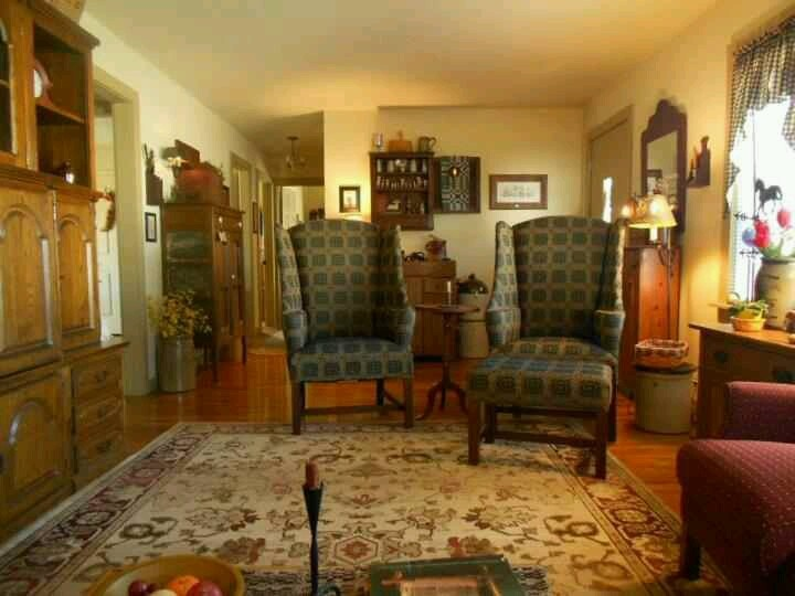 63 best Colonial or Early American Living Rooms images on