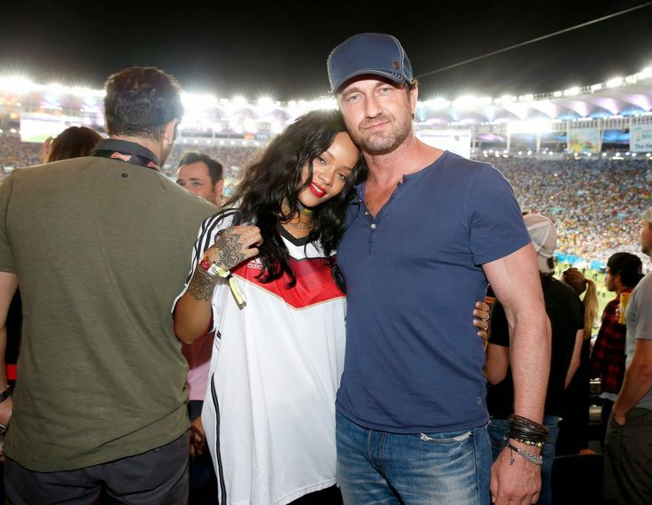 Gerard Butler And Rihanna Cheering For Germanyy Fc
