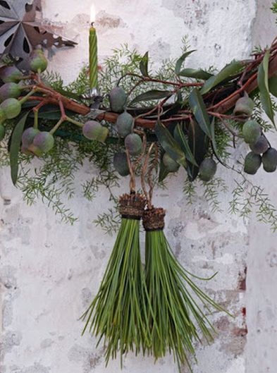 pine needle tassels...How lovely! Tie and loop String or wire to Pine Needle Bunch.