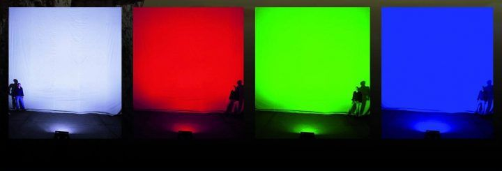 CycloramaLED 300 RGBW è in grado di illuminare fondali notevolmente alti come avviene nei grandi teatri dell'opera.