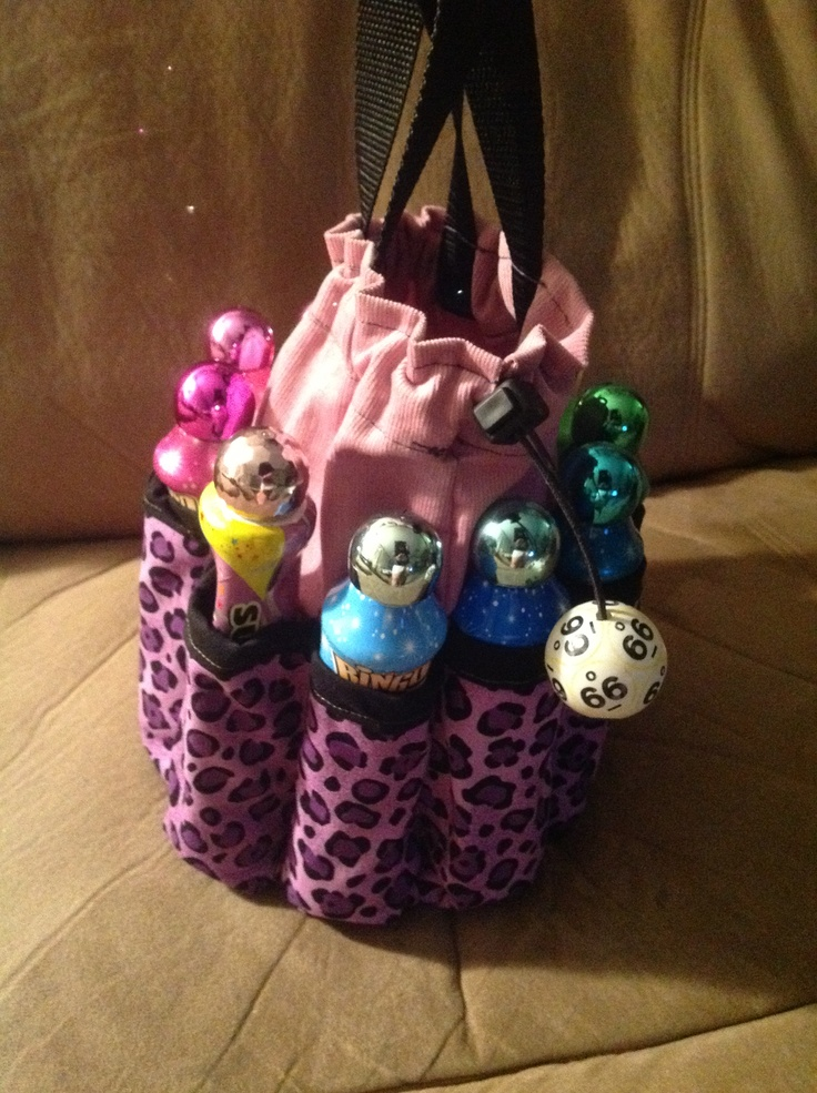 Bingo bag: fun design, like the drag string with the good handles. This style with flowers or something pretty