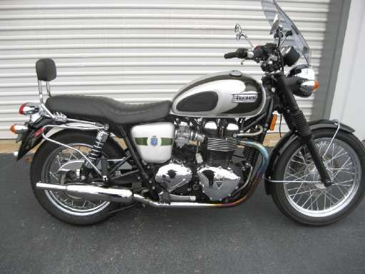 Check out this 2012 Triumph BONNEVILLE T100 listing in Buford, GA 30518 on Cycletrader.com. It is a Standard Motorcycle and is for sale at $6499.