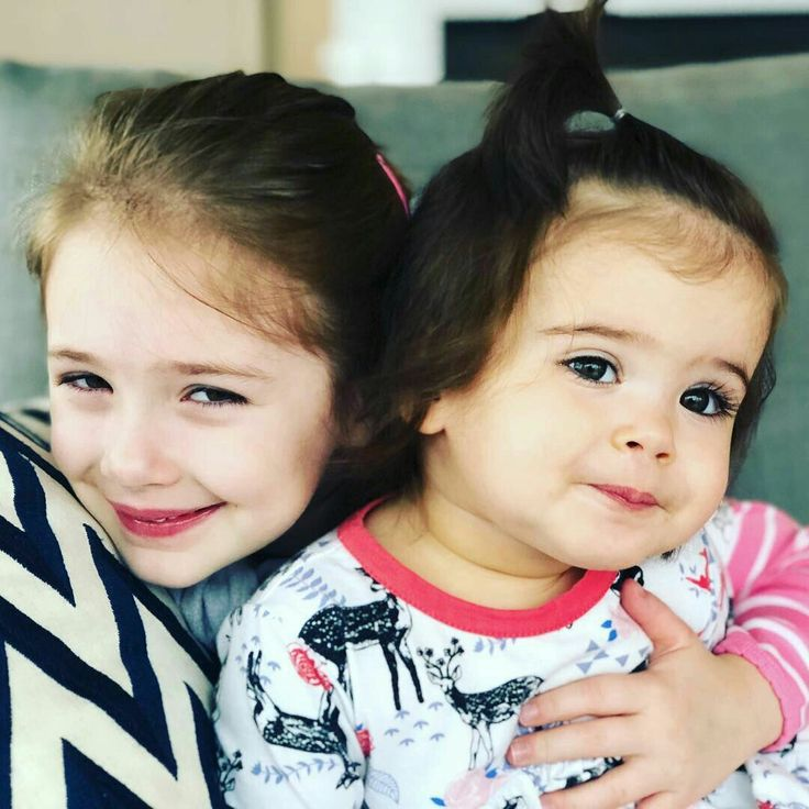 I see so much J in JJ, but Arrow looks just like Danneel-- no matter what, these kids are going to grow up GORGEOUS with the amazing gene pools on both sides <3 <3