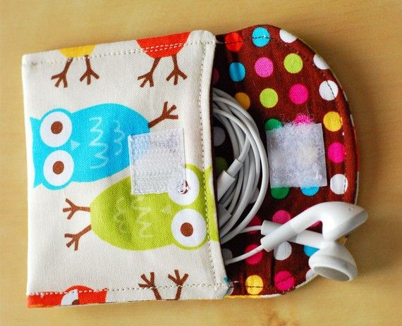 Earbud Pouch case sleeve sewing pdf tutorial and pattern - perfect for iPhone users