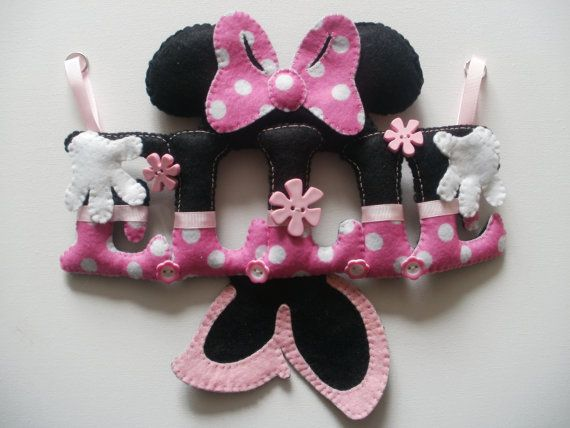 Minnie mouse themed felt name chain banner by StitchGeekBoutique, £12.00