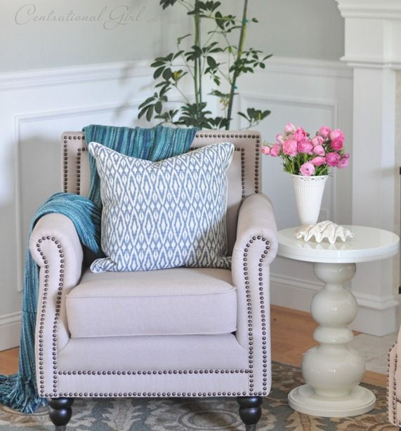flowers: Blue Mantels, Living Rooms, Decor Style, Color Schemes, Dreams, Design Ideas, Club Chairs, Master Bedrooms, Flower