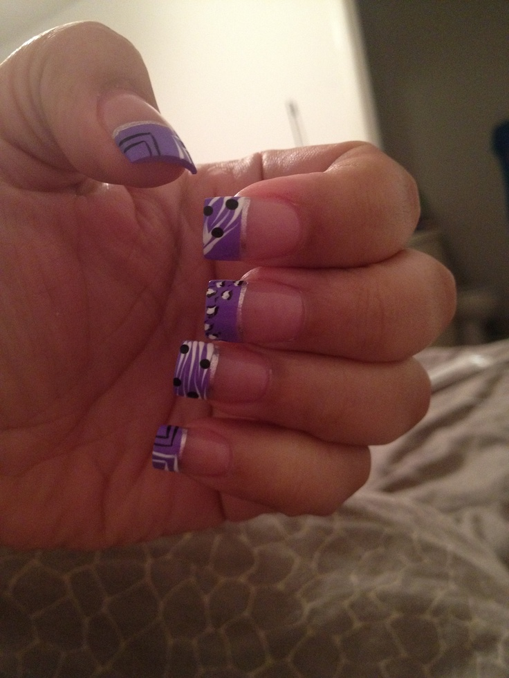 Purple nails art