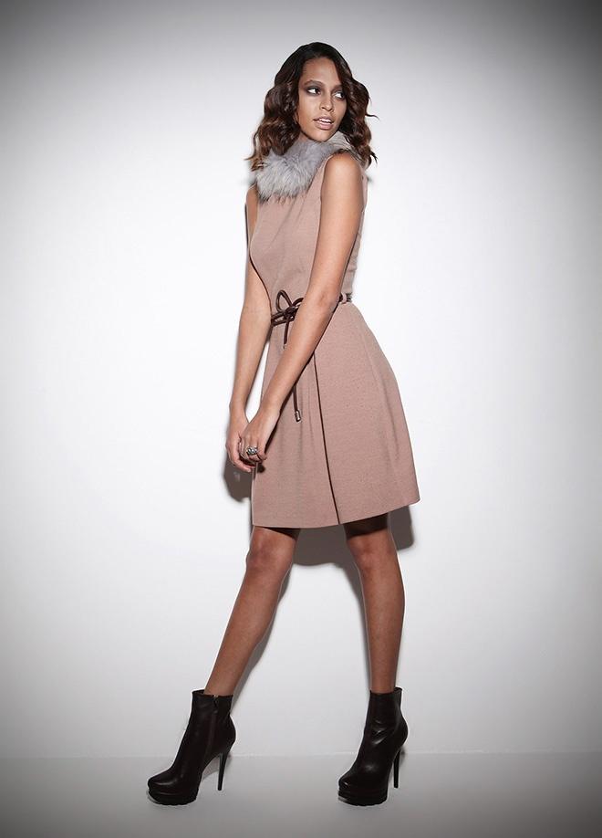 Zeki Triko Elbise Markafoni'de 499,99 TL yerine 139,99 TL! Satın almak için: http://www.markafoni.com/product/3453738/