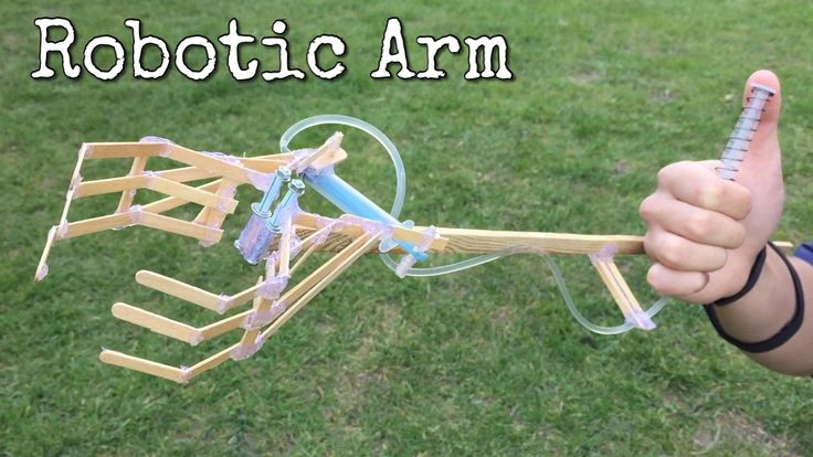 How to Make Hydraulic Powered Robotic Arm at Home from Coffe Shop Sticks...