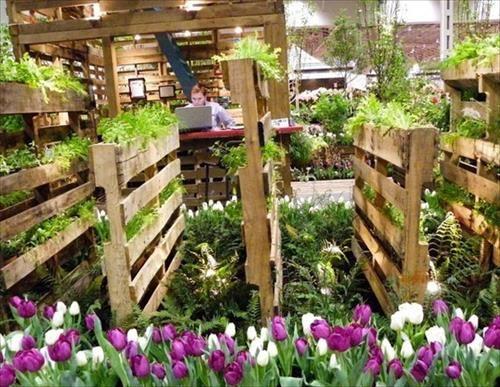 Pallet Garden Furniture & Pallet Garden Fence Planter   Pallets Furniture Designs