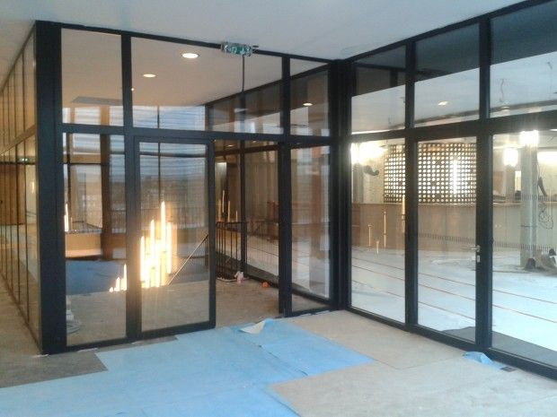 Photo de chantier, réalisations de nos menuiserie acier, porte coupe feu 1 h, fenetre atelier, porte vitree coupe feu, porte métallique   OXIUM