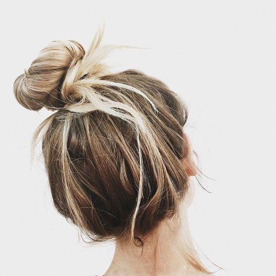 Gorgeous 40+ High Messy Bun Hairstyles Ideas #shorthairstyles