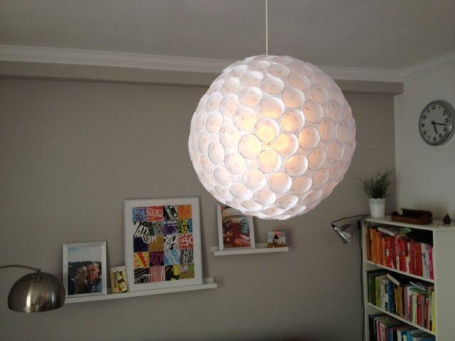 Maak je Eigen Lamp met... Plastic Bekers!