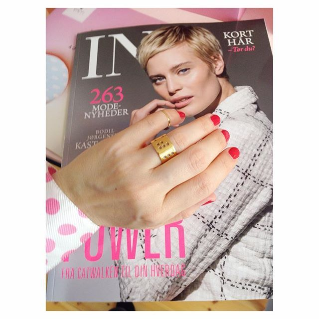 So nice to see our statement ring - Lucky Finger - featured in the latest issue of @modemagasinet_in  #blindskrift #braille #LUCKYFINGER #ring #LULU #lulubadulla #contemporary #jewelry #design #danishdesign #classic #collection #happy