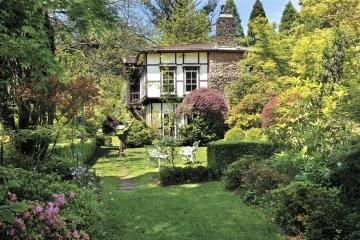Edna Walling - SHERBROOKE : Historic Gardens remain as they were when she designed them in 1927 - 1932.""