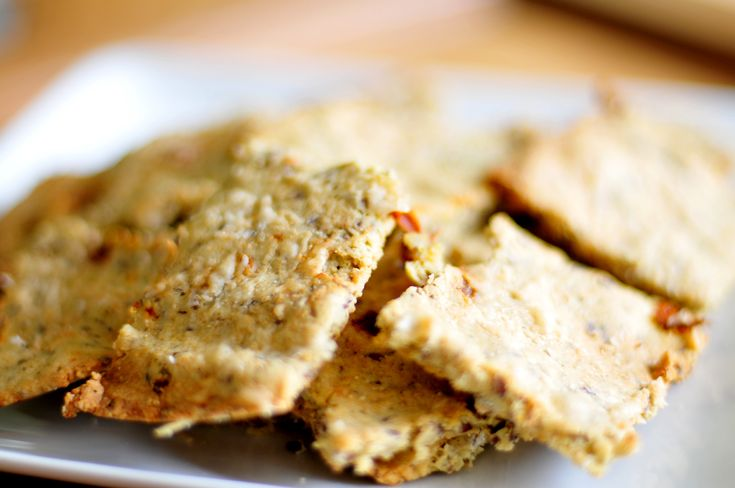 Crackers van amandelmeel – koolhydraatarm