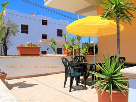 2 bedroom apartment in Marina di Pescoluse to rent from £246 pw. With balcony/terrace, air con and TV.