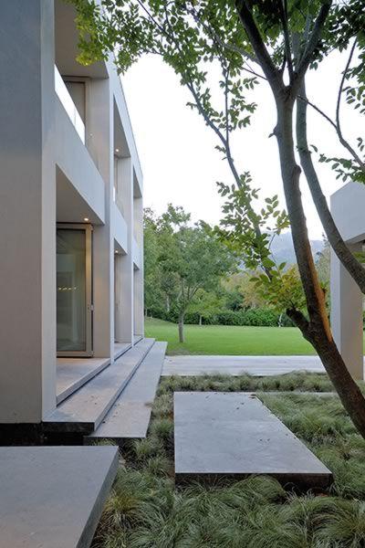 Moderne tuin - Franchesca Watson   Garden Designer