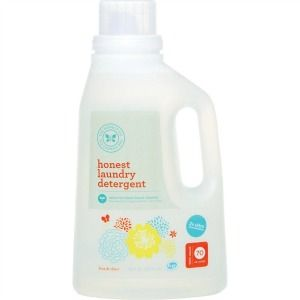 Honest laundry detergent review, from The Honest Company - this detergent is hypoallergenic and eco-friendly {on Stain Removal 101}