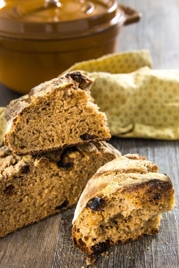 Pane e uvetta, con farina di timilia, a lunga lievitazione
