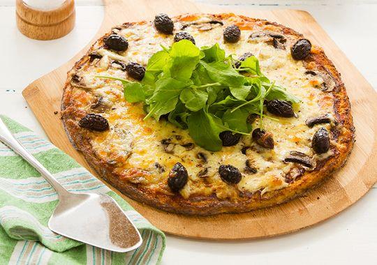 Vegetarian Pizza with Cauliflower Base
