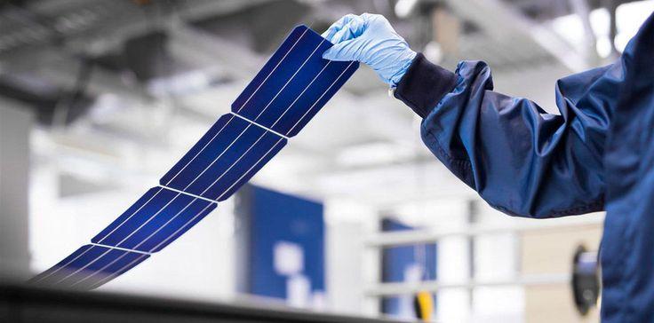 💡Установлен новый рекорд КПД многопереходных солнечных модулей  Международной группе ученых удалось повысить эффективность многопереходных фотоэлементов до 35,9%. Пока конструкция модулей требует использования дорогостоящих материалов, но инженеры надеются, что постепенно цена компонентов будет снижаться, а панели с высоким КПД станут более доступными.  Группа инженеров из Национальной лаборатории по изучению возобновляемой энергии США (NREL), Швейцарского центра электроники и…