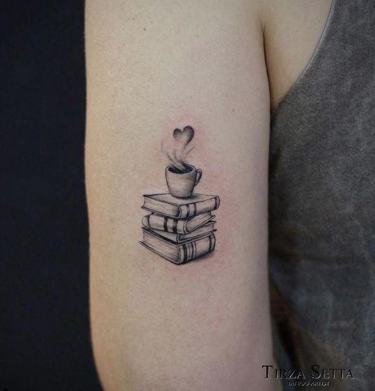 #smalltattoo #delicatetattoo #inspirationtattoo #tatuagensfemininas #tattoo2