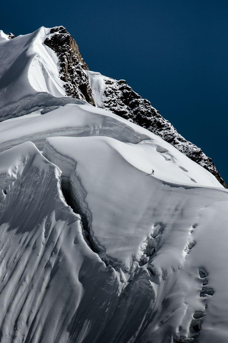 """Manaslu Ski Challenge 2014"" was the second event of the five-year project called Hic Sunt Leones..   paradise!  photo: Marcin Kin Photography #suntleones #manaslu"