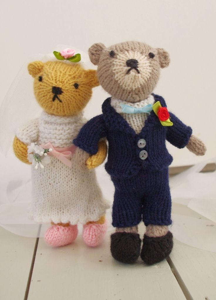 10 best knitted teddy bears images on pinterest bookstores my knitted bride and groom teddy bears in knitted outfits from my free ebook easy fandeluxe Ebook collections