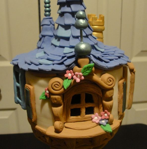 My daughter would love this cake for her Tangled party but there's just no way.....
