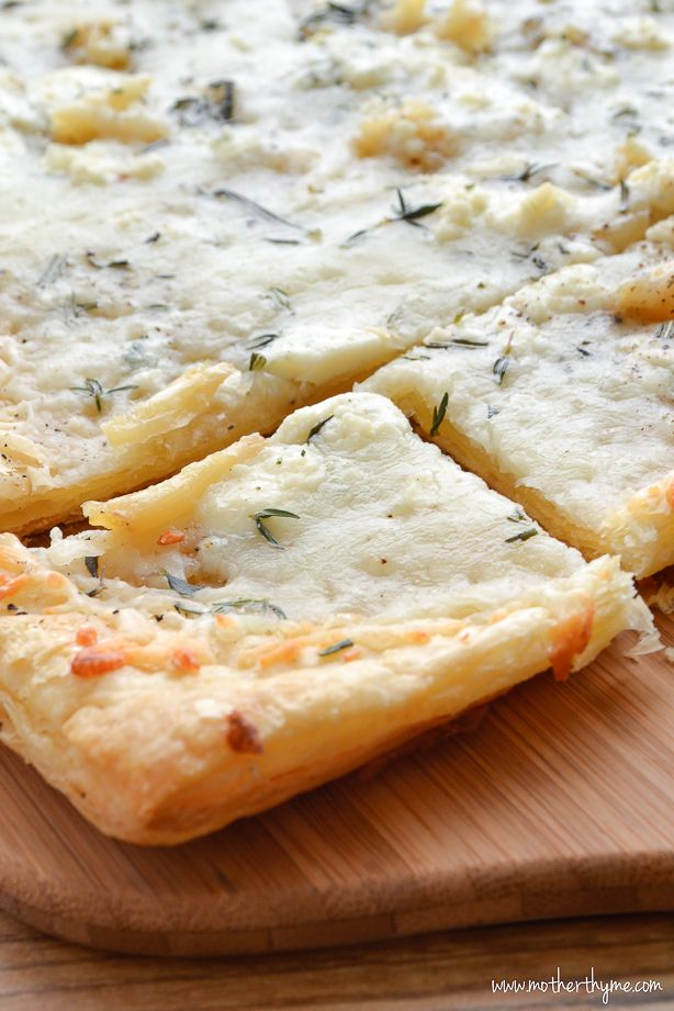 Roasted Garlic Puff Pastry Flatbread