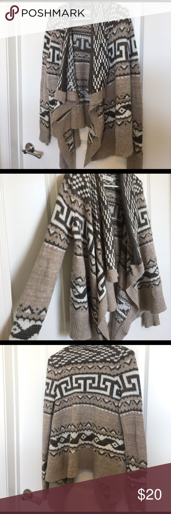 Waterfall A&F tribal print cardigan Cozy sweater, perfect for fall/winter Abercrombie & Fitch Sweaters Shrugs & Ponchos