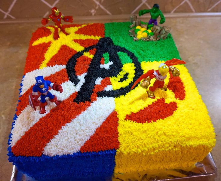 Avenger's Cake - Hulk, Ironman, Falcon and Captain American take stage.