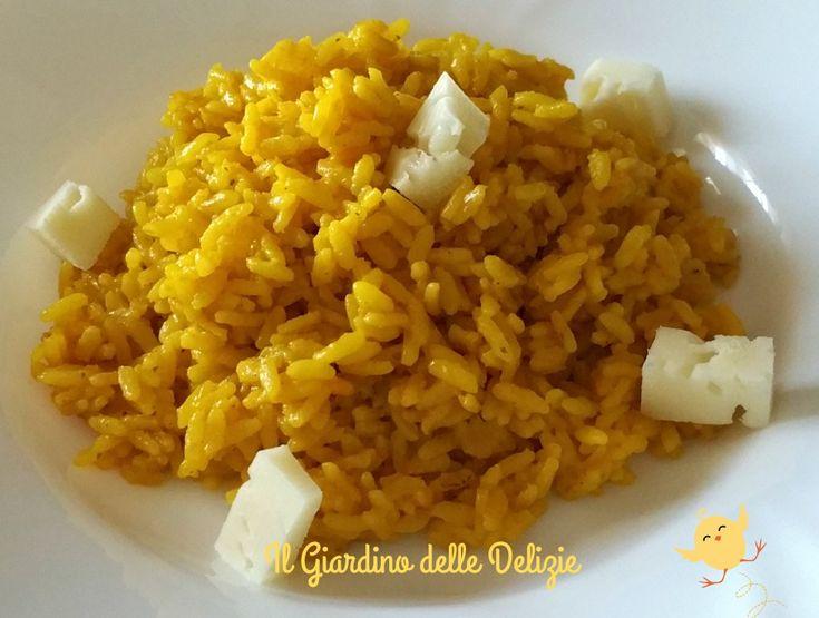 Il riso integrale zafferano e asiago è un delicato e saporito primo piatto, leggero e gustoso al tempo stesso, primaverile , adatto a questo periodo