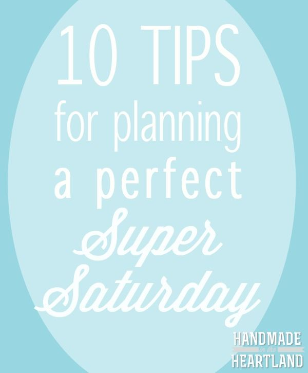10 tips for planning a perfect super saturday or large scale craft event.  Great tips to refer to before you start planning your own.  www.handmadeintheheartland.com #lds #ReliefSociety #SuperSaturday