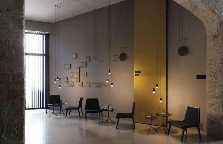 Punktowe lampy wiszące Vibia Wireflow