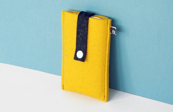 yellow felt iphone case by ambette (etsy)