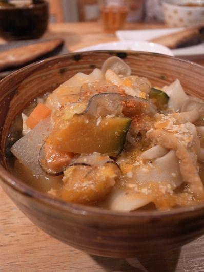 ほうとうで温まる。麺が美味しいねえ。お腹いっぱい|リリアーネから、マリー