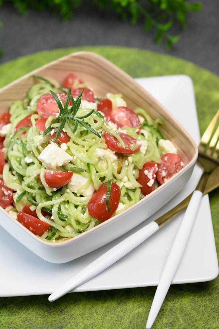 Schneller Gurken-Tomaten-Salat mit Feta - schwarzgrueneszebra