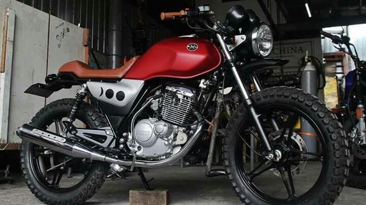 My custom Suzuki EN125 #cafebrew #suzukicustom #redmotorcycle