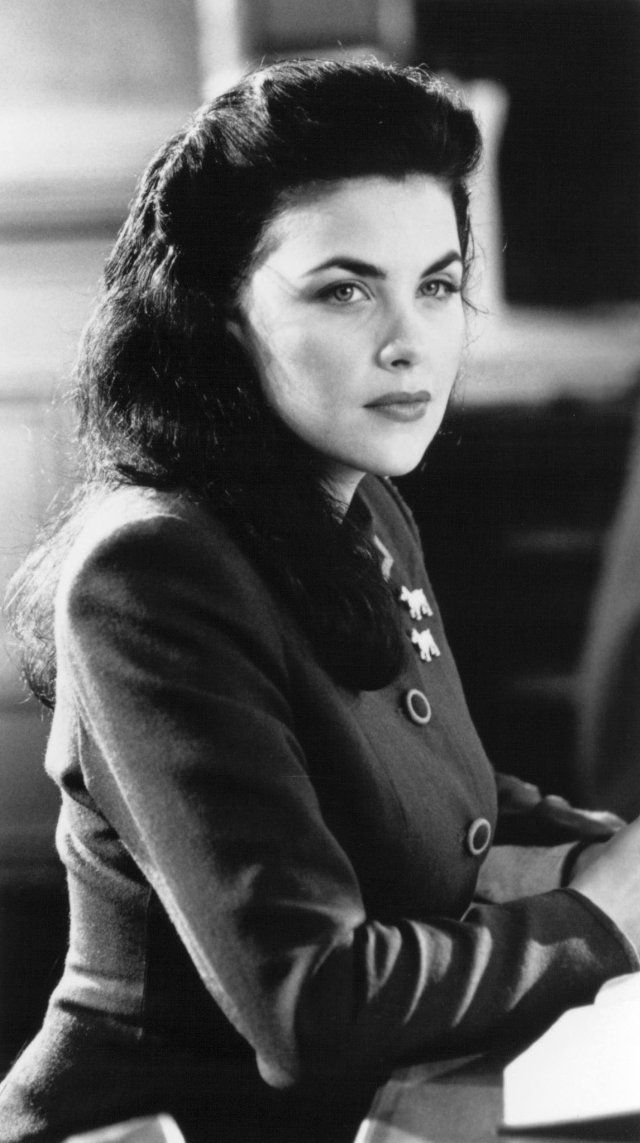 Sherilyn Fenn (most notably, as Audrey Horne in Twin Peaks, but I've shrieked several times when I noticed her elsewhere; Friends, Dawson's Creek, Law & Order SVU, NCIS, Judging Amy, Gilmore Girls, House MD, Psych, etc.)