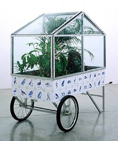 Mobil bio-type jungle. Mark Dion, 2002.
