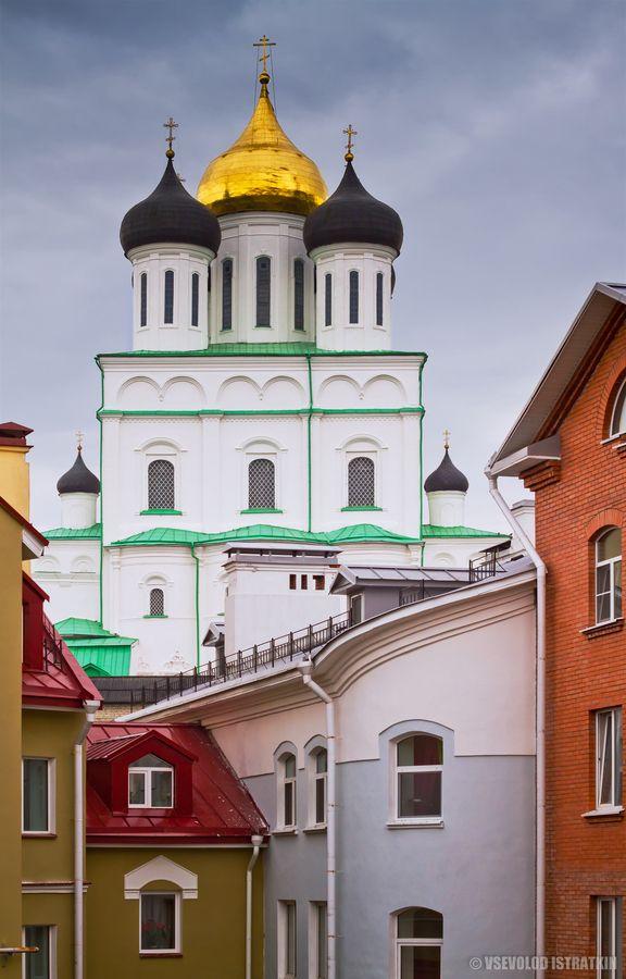 The Holy Trinity Cathedral in Pskov, view from Zapskoviye. Dating back to 1682 by Vsevolod Istratkin
