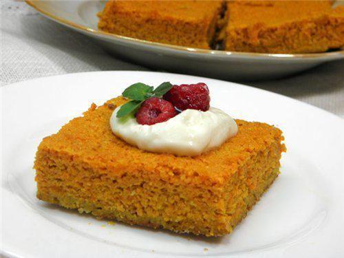 Морковно-творожная запеканка. морковь, творог, мед, завтрак, рецепт