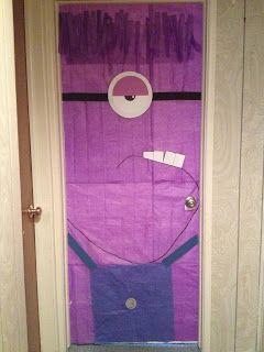 ¡Sorpresa! Desperté a mi hijo en su #cumpleaños con esta sorpresa, su puerta del cuarto decorada de #minions. #purple minions #Dispicable me #Birthday
