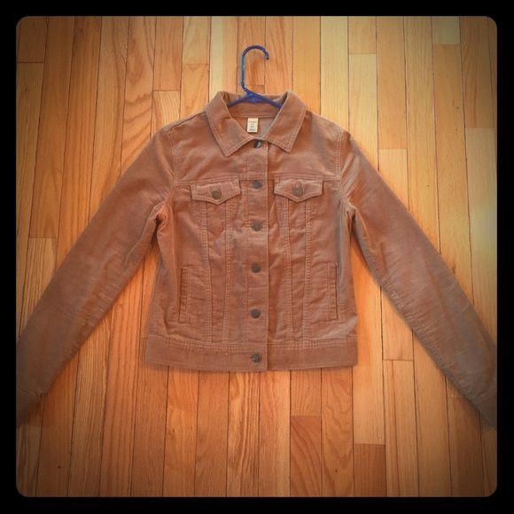 Old navy jacket Very cute old navy jacket. Can be dressed up or down. Small discoloration under the armpit shown in picture, but not too noticeable. Old Navy Jackets & Coats