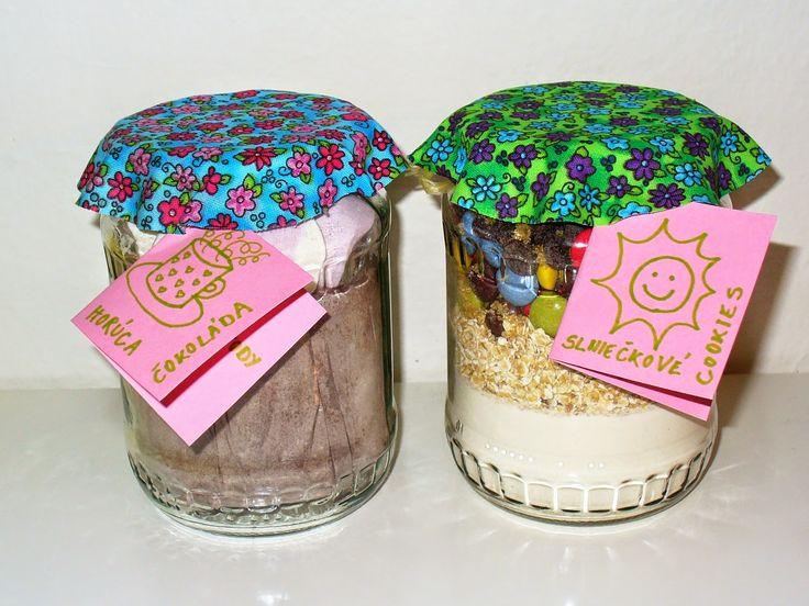 Môj sladký život v Koláčikove: Jedlé darčeky v pohári - Slniečkové cookies a Horúca čokoláda